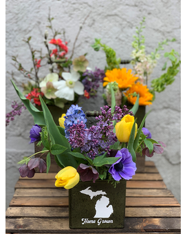 Home Grown-Local Varieties/Colors Will Vary Weekly Flower Arrangement