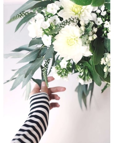 Floral Subscriptions - Buy 6 Get One Free Flower Arrangement