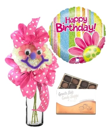 Smile Face Mum Birthday Bundle Flower Arrangement