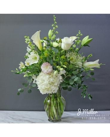 All white flower arrangement in oakland ca j miller flowers and gifts all white flower arrangement flower arrangement mightylinksfo