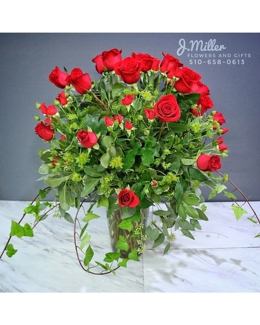 Enchanted Love -  Rose Garden arrangement Flower Arrangement