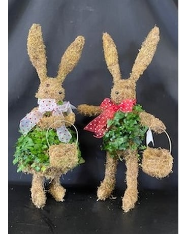 Ivy Topiary Rabbits
