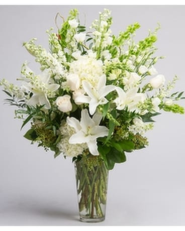 Traditional Elegance Bouquet Flower Arrangement