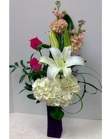 Graceful Art Bouquet Flower Arrangement