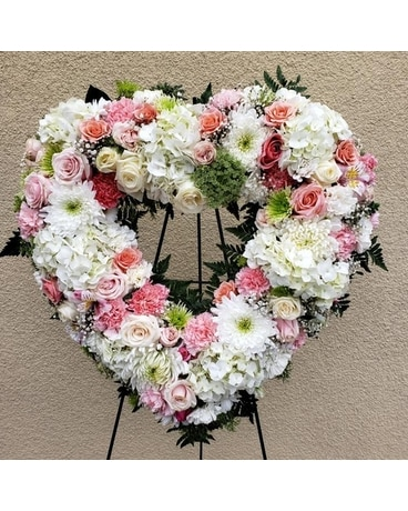 Heartfelt Memories Flower Arrangement