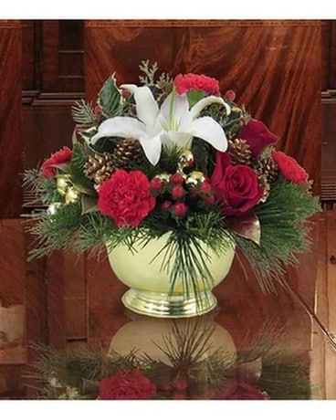 Red, White & Gold Christmas Centerpiece