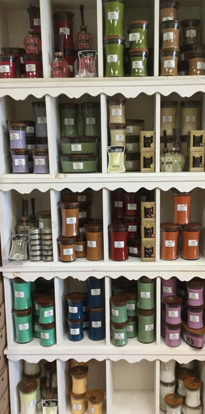 Large WoodWick Candle (Various Fragrances)
