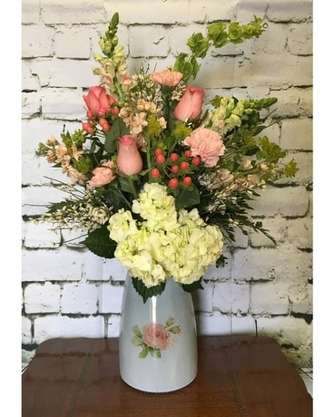 Razzle Dazzle Flowers & 2019 Razzle Dazzle™ Flowers Pink Rose Motif Vase in Mesa AZ - Razzle ...