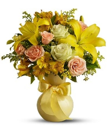 Teleflora's Sunny Smiles Flower Arrangement