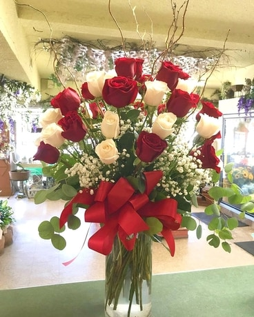 3 Dozen Red and White Poses Flower Arrangement