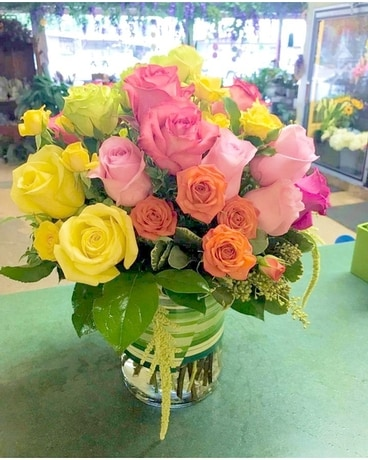 Roses Bliss Flower Arrangement