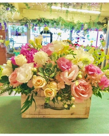 Pastel Pleasure Box Flower Arrangement