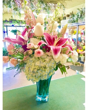 Pow Pow Flower Arrangement