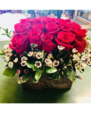 Premium Rose Box Flower Arrangement