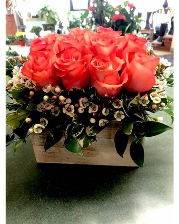 Colorful Rose Boxes Flower Arrangement