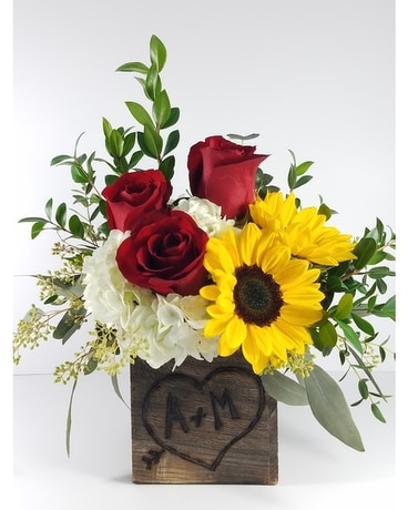*Personalized* Sweethearts Bouquet Flower Arrangement