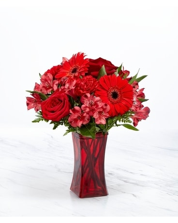 Red Reveal Bouquet Flower Arrangement