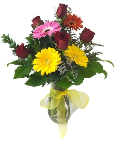 Rosey Daisy Flower Arrangement