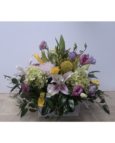 The Windsor Flower Arrangement