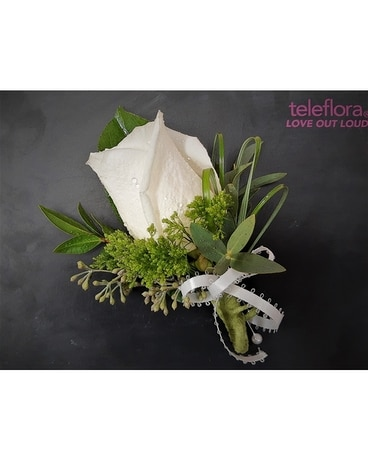 Rose Boutonniere Boutonniere