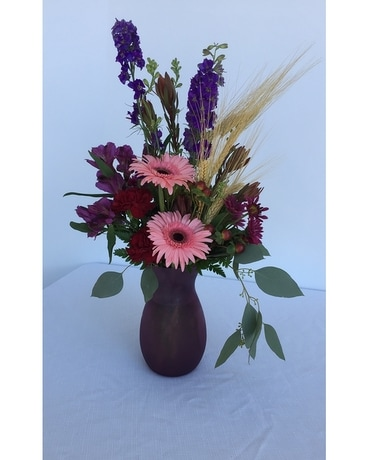 Berry & Blush Large Flower Arrangement