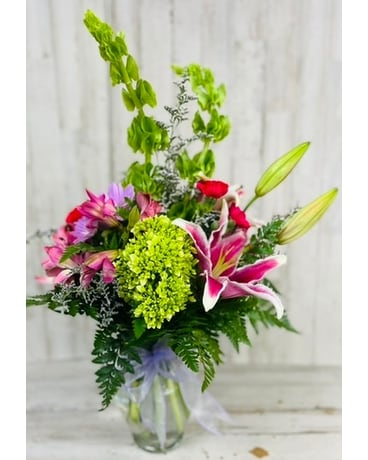 Designer's Choice Flower Arrangement Flower Arrangement