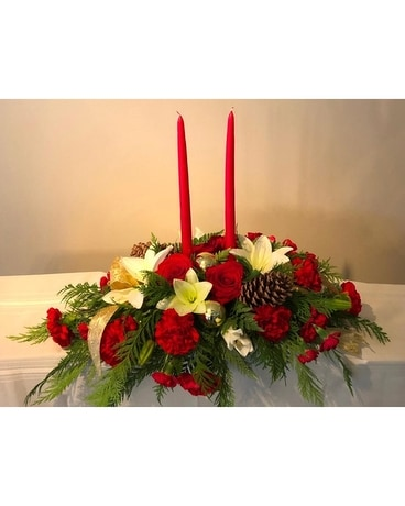 Holiday Charm Flower Arrangement