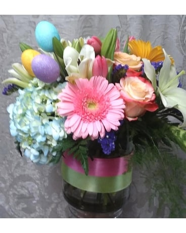 Blooming Easter Flower Arrangement