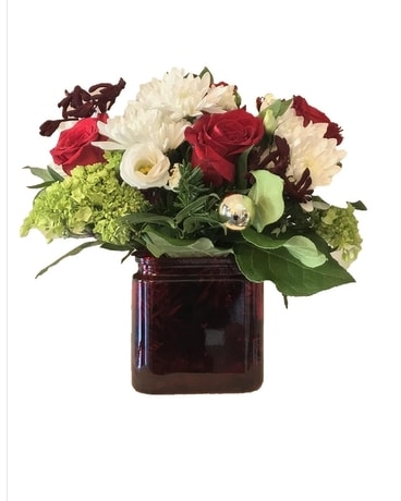 Christmas Delight Flower Arrangement