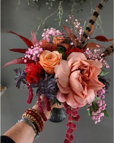 Ruffle those tail feathers Flower Arrangement