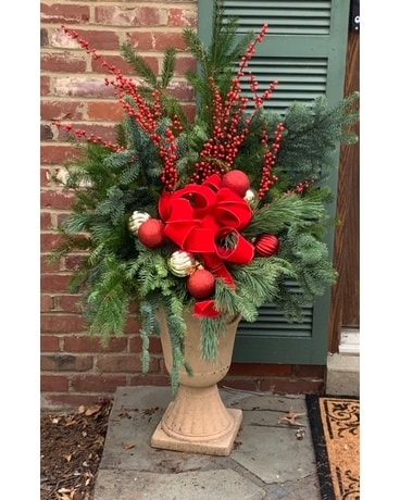 Traditional Jolly Winter Urn