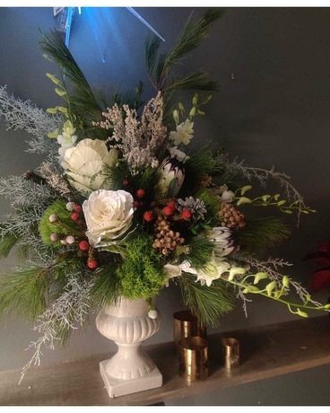 Kringle Express Flower Arrangement