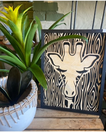 Giraffe Wood Carving Gifts
