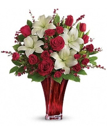 Love's Passion Bouquet by Teleflora Flower Arrangement