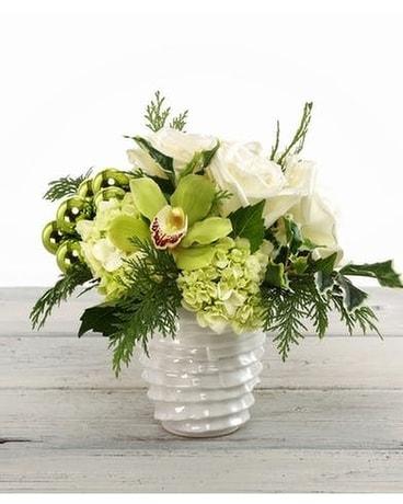 Christmas Flower Arrangements White.White Christmas In Houston Tx River Oaks Flower House Inc