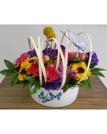 Butterfly fashionista Flower Arrangement
