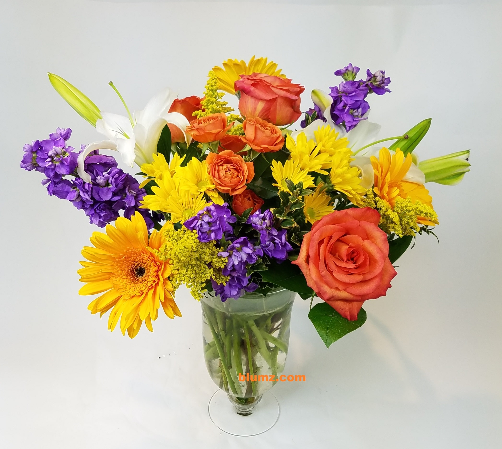 About blumz jrdesigns ferndale mi florist in single flower arrangements such as an all rose bouquet or orchids we will make every attempt to match the flower type but may substitute with another izmirmasajfo