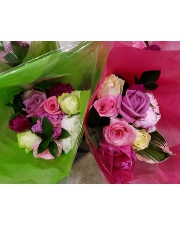 Blumz Peony and Rose Bouquet Flowers