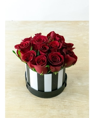 Parisian Rose Hat Box Flower Arrangement