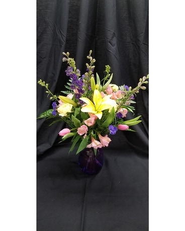 Schroeder's Own Spring is Here Flower Arrangement