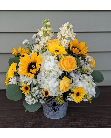 Country Bee Pot Flower Arrangement