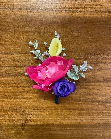 Multi-Colored Boutonniere Boutonniere