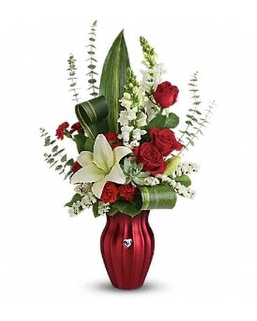 Teleflora's Hearts Aflutter Bouquet Flower Arrangement