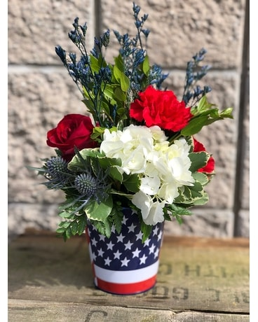 Land of the Free Flower Arrangement