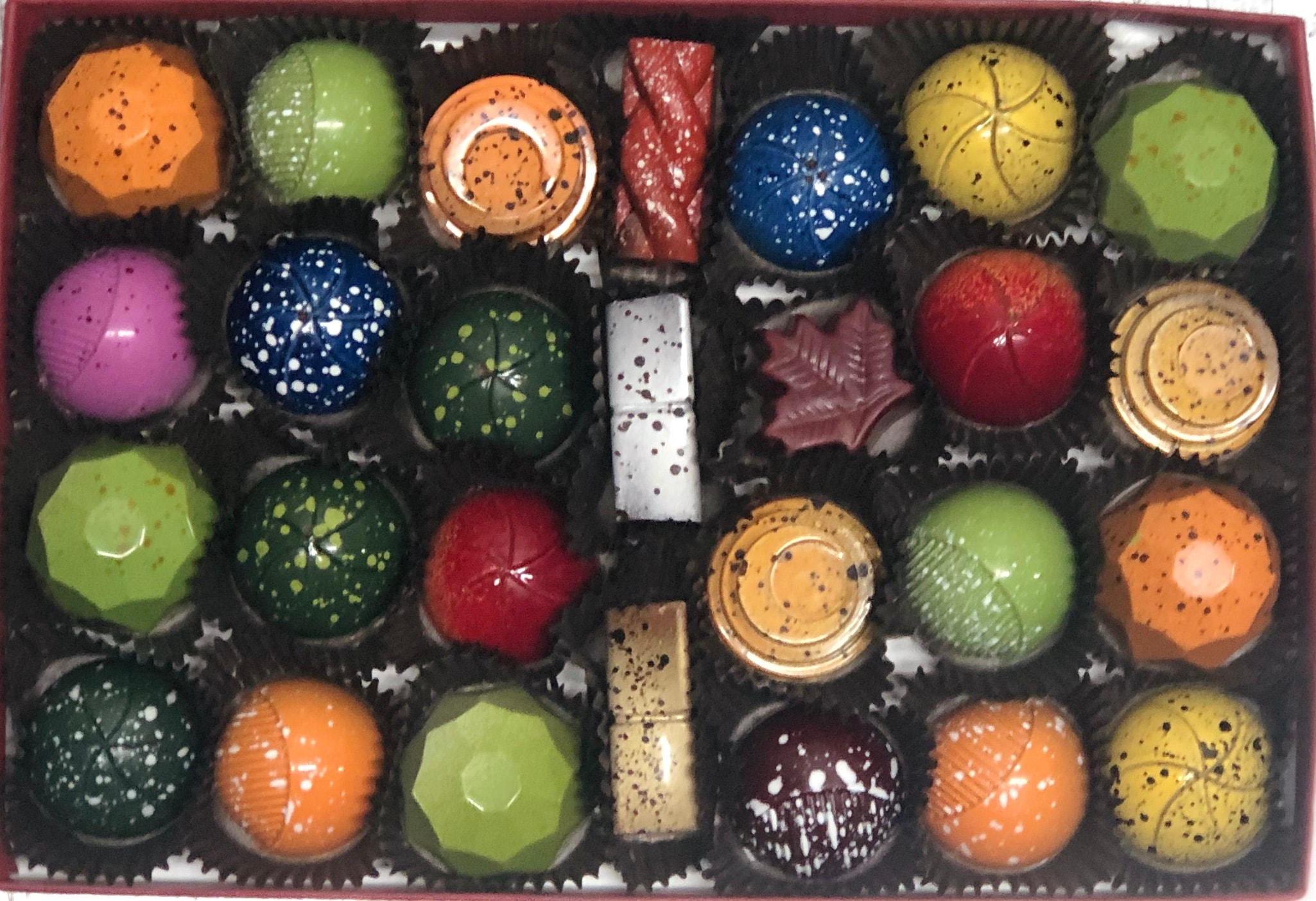 Nutty Chocolatier 27 Piece Airbrushed Box