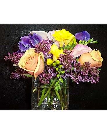 Square Vase-Freesia Roses Lilac \u0026 Sweet Peas Flower Arrangement ...  sc 1 st  Fellan Florists Floral Galleria & Square Vase-Freesia Roses Lilac \u0026 Sweet Peas in New York NY ...