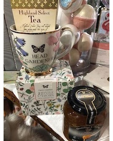 Mug, Tea, Honey Flower Arrangement