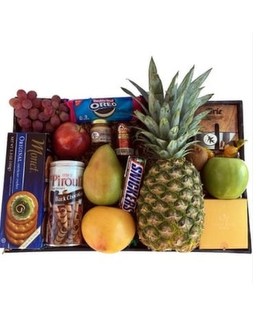 Gourmet Fruit & Snack Tray