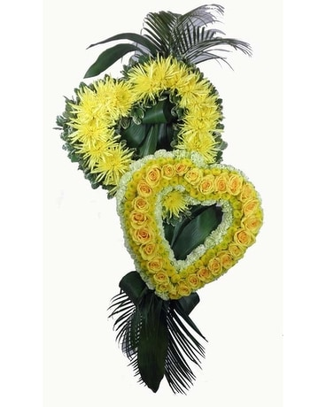 Heart Duet Spray Flower Arrangement