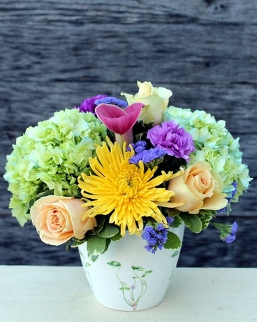 Cheerful Philly Flower Arrangement